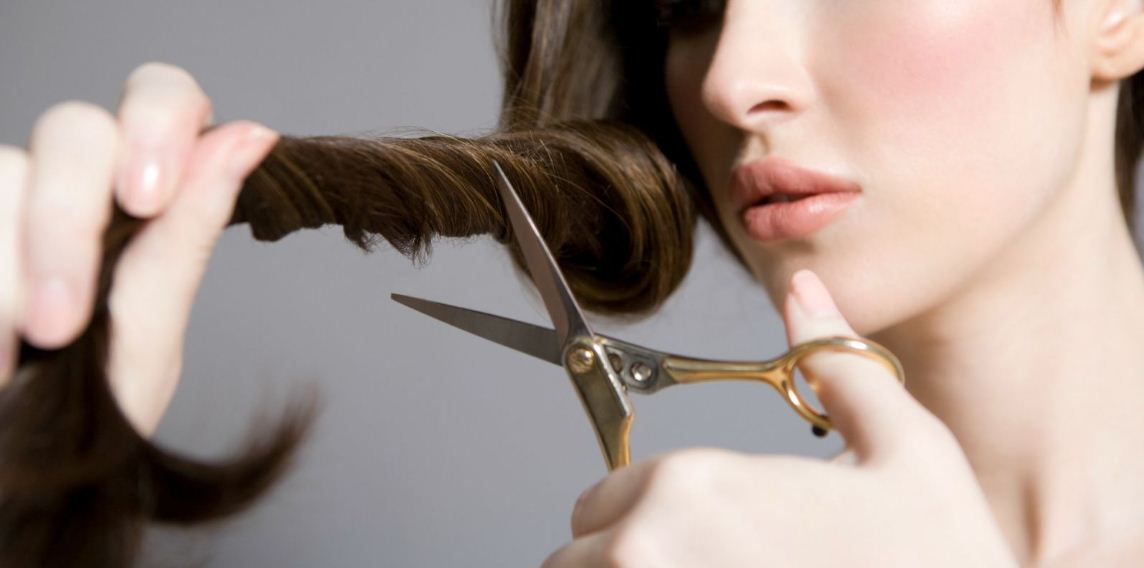 Best Way To Cut Your Own Hair At Home