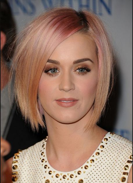 Best Short Hairstyle From Hollywood Celebrities
