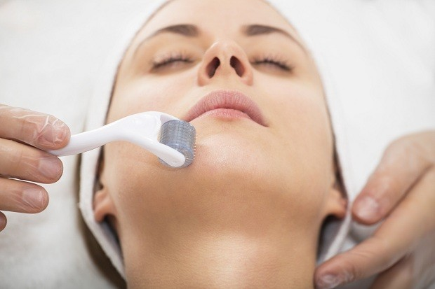 Derma Roller Treatment, Benefits, Tips, Safety